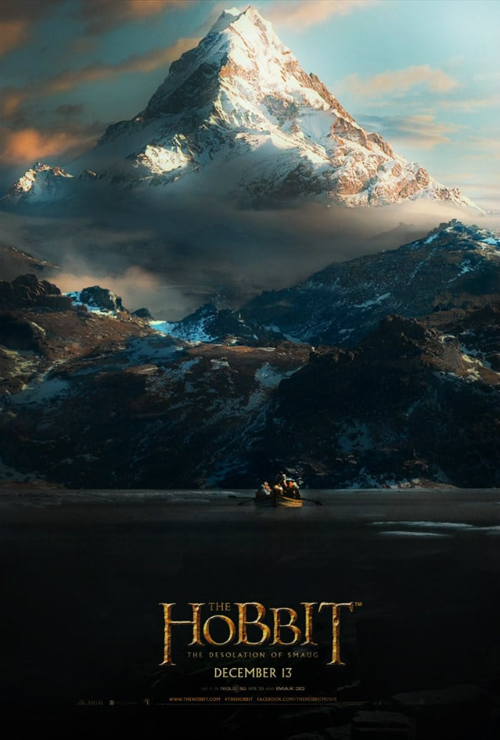 the hobbit the desolation of smaug 2013 high quality HD printable wallpapers poster lake town dwarf in boat