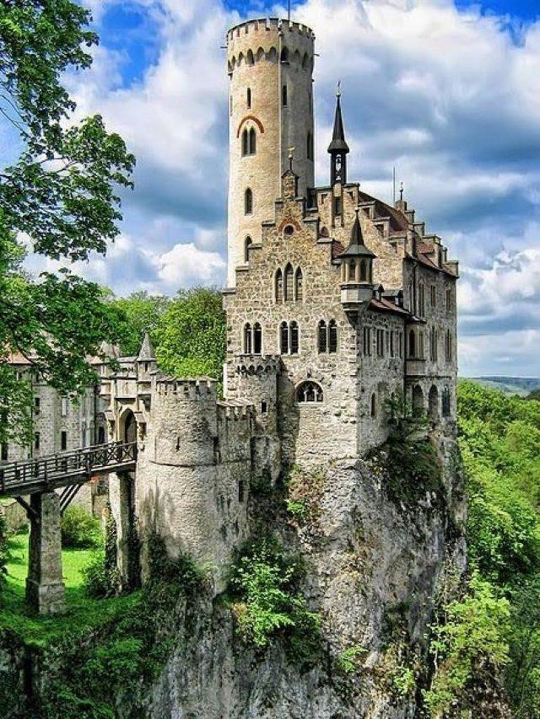 shrek poster of the castle