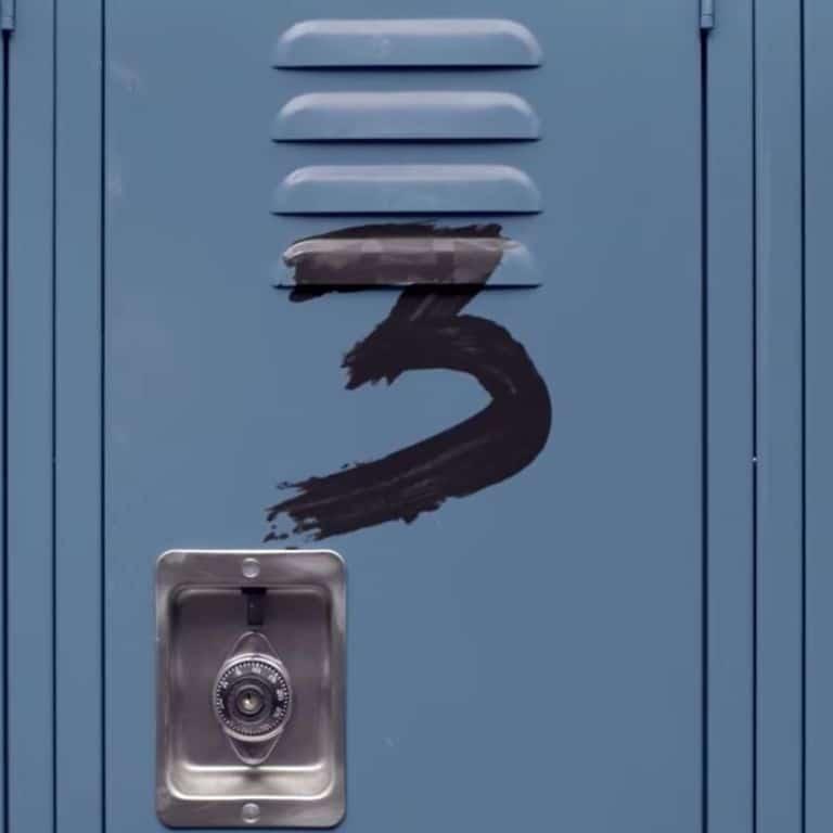 13 reasons why 3 image of locker
